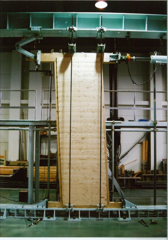 信州カラマツ無垢板構造耐力壁