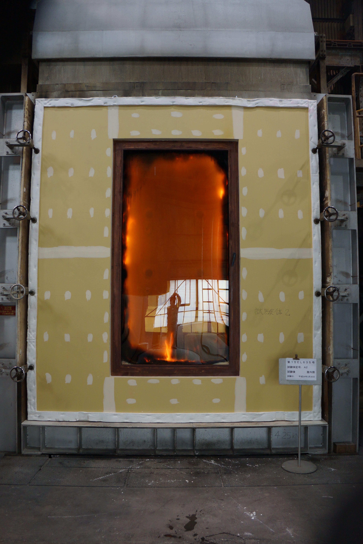 木曽ヒノキ木製遮炎窓